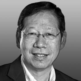 James Lok Headshot